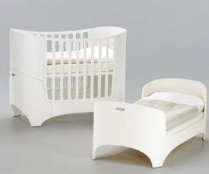 Von der Wiege bis zum Gitterbett – Kleine Bettlektüre über Babybetten