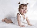 Krabbeln lernen - Entwicklung Baby