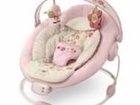Babys lieben es: Wippen und Schaukeln