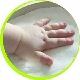 Baby art Gipsabdruck-Box für die kleine Babyhand kaufen