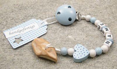 Die handgefertigte Schnullerkette mit Veilchenwurzel kaufen