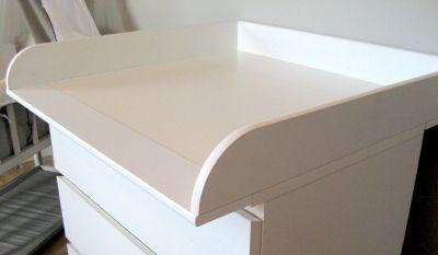 Den Wickeltischaufsatz für die IKEA-Kommode von PuckDaddy kaufen