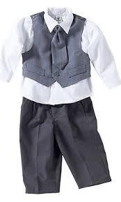 Den festlichen Anzug für das Baby von Bornino bestellen