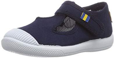 Die zeitlosen Baby-Sneakers von KRAVAT bestellen