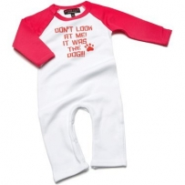 Lustige Babykleidung - 'Don't Look At Me It Was The Dog!!' schwarzer Strampelanzug/Babybody 0-3 Monate (Funny Baby Clothes - Don't Look At Me It Was The Dog!! All-in-one Black Romper Suit/Babygrow 0-3 months)